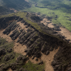 Grass Mountains Landscape provides an excellent 64 square kilometers of playable area.