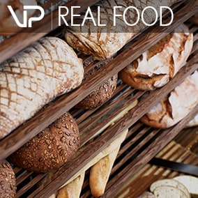 REAL FOOD with 40 photoscanned food models, a coffee bakery scene and 30 decoration models for advertising, film, games, architecture and VR.